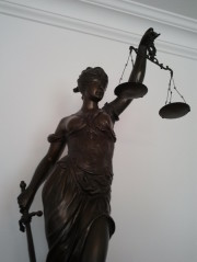 Buchregal, Strafrecht, Familienrecht